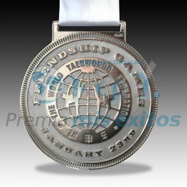 Medalla con acabado brillante