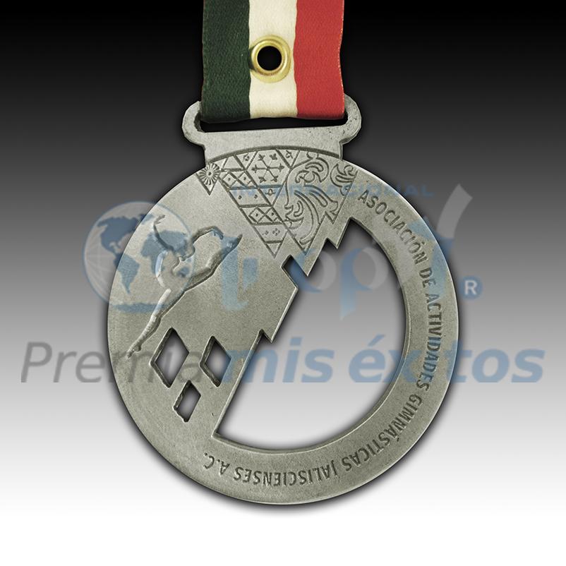 Medalla YMCARRERA ¡¡¡Conozca la magia creativa de nuestros diseñadores!!!